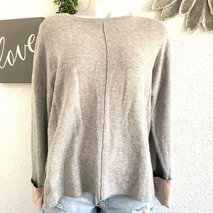 5/$25 Akini grey and pink pullover sweater